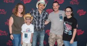 Thomas Meets Brad Paisley!
